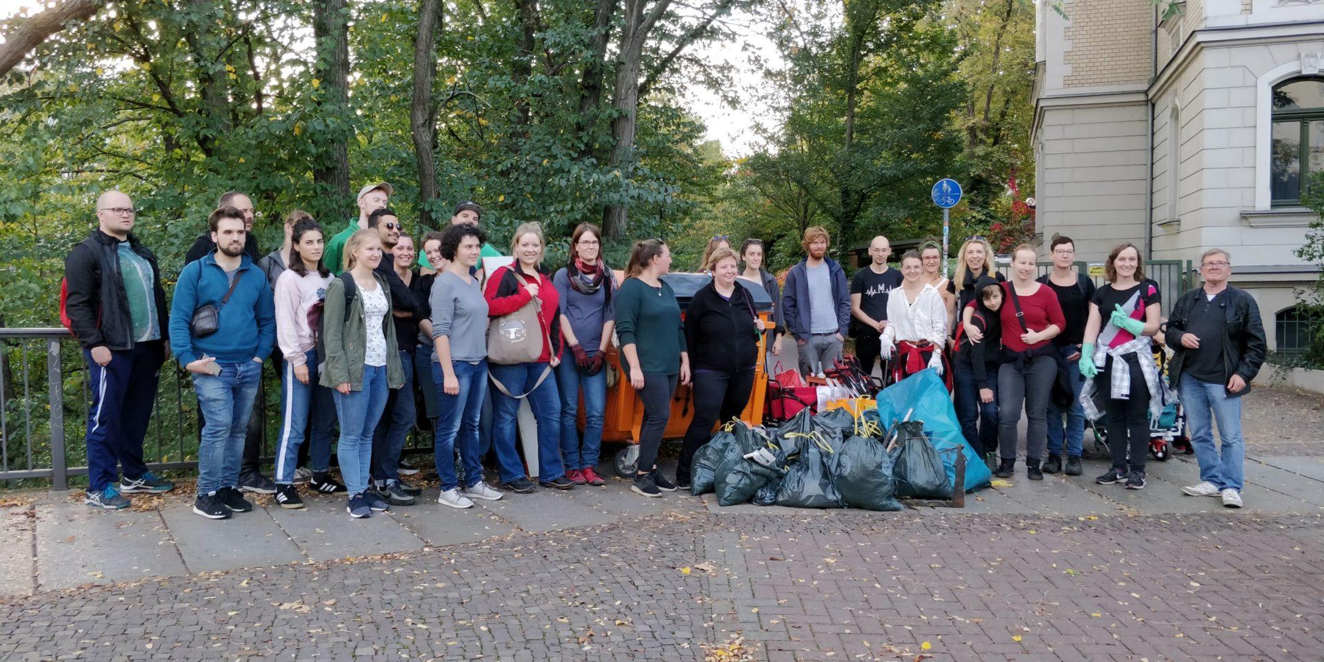 Cleanup Leipzig: Müllsammelaktion in Abtnaundorf (Sachsen)